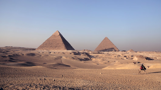 The lonely pyramids of Giza: Egyptian tourism's decline