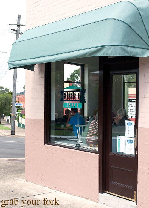 excelsior jones cafe ashfield