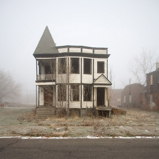 21 Houses to Avoid on Halloween
