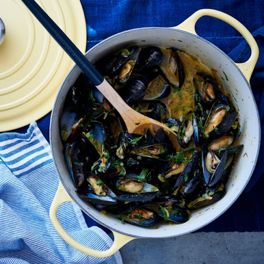 Mussels with Fennel and Saffron