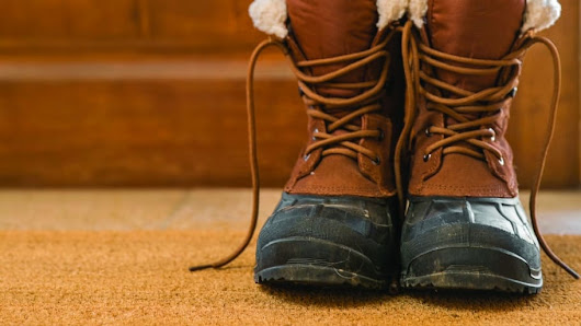 5 Simple Ways to Keep Floors Clean This Winter | Angies List