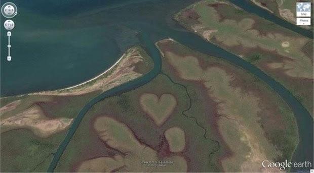 Kalp şeklinde yer şekli