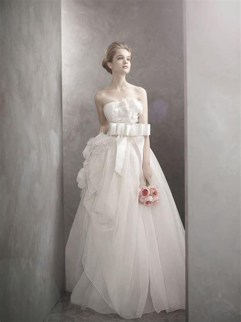 Romantic White by Vera Wang wedding dress   OneWed.com