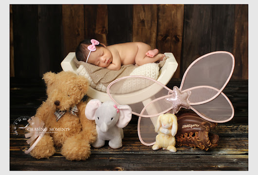 Chantilly and Centreville Newborn Photographer