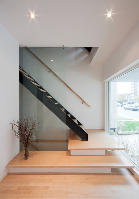 Front to Back Infill - Contemporary - Staircase - ottawa - by Colizza Bruni Architecture Inc.