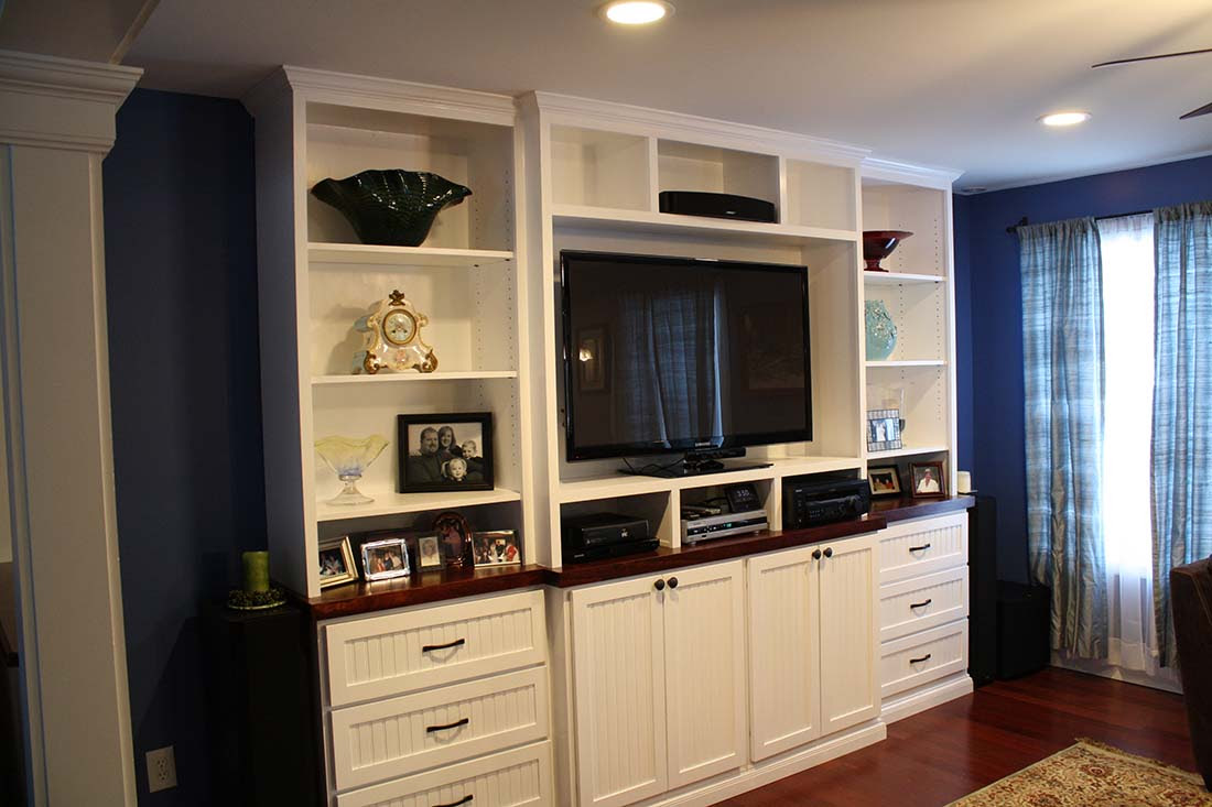 Build Your Own Custom Built-In Entertainment Center