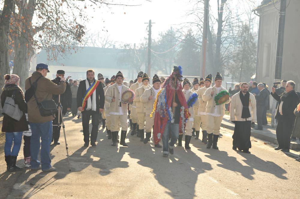 Satul Regal Săvârșin, în sărbătoare. Crăciun 2014