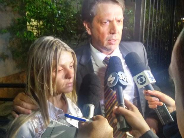 Fernanda falou com a imprensa após julgamento (Foto: Jomar Bellini/ G1)