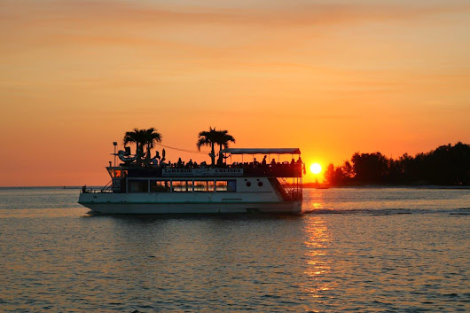 10 Reasons We Love Summer in Sarasota