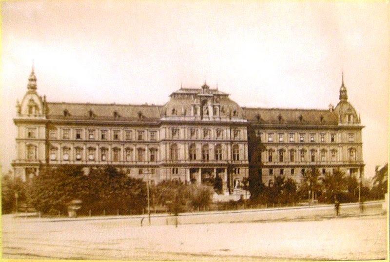 File:Justizpalast Vienna 2007 (68).JPG