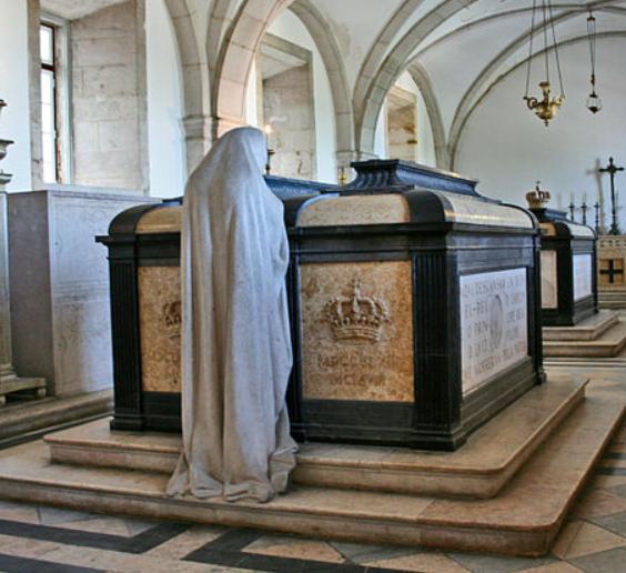 Archivo: Carlos I tomb.PNG