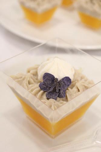 gelatina di mandarino con spuma fresca di castagne