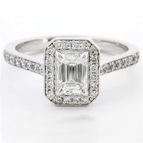 0.95ct Emerald Cut Halo Engagement Ring HD037