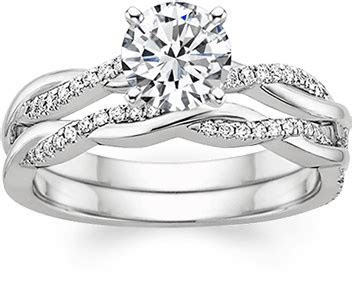 How to Wear a Wedding Ring   Brilliant Earth