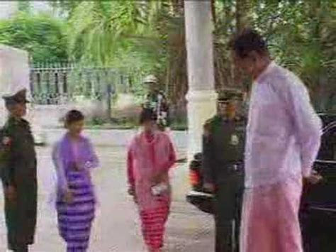 Myanmar Wedding of Burma Than Shwe's daughter   4of24