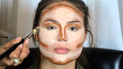 Kim Kardashian's Makeup secrets   Contouring & Highlight