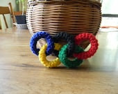 Crochet 3D Olympic rings, amigurumi