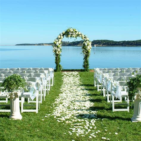 The Best Places to Get Married on Cape Cod, Massachusetts