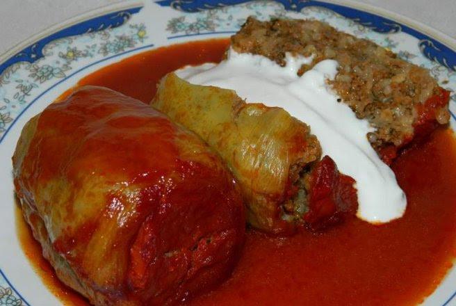 Retete Culinare - Ardei umpluti cu carne