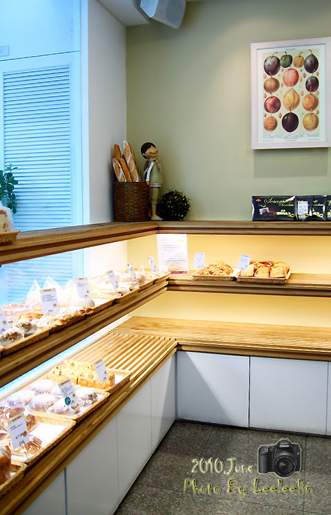 三峽北大烘培坊|艾波索|彌月蛋糕、黑金磚、泡芙
