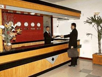 Price Machado´s Plaza Hotel