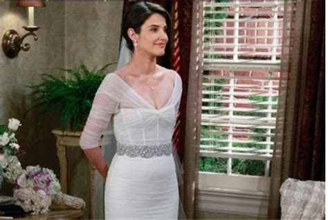 How I Met Your Mother wedding dress (spoilers for the show