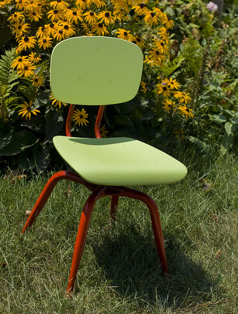 _green-chair-redlegs