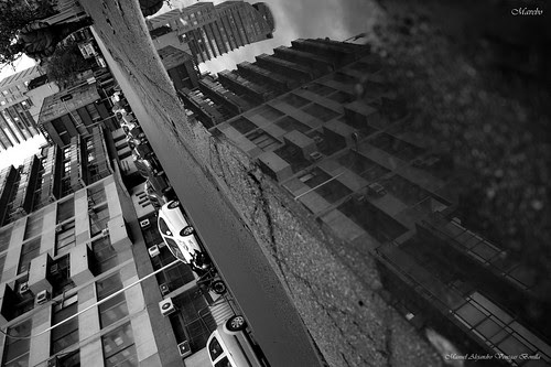 Calle Hermanos Amunátegui, Santiago de Chile. by Alejandro Bonilla