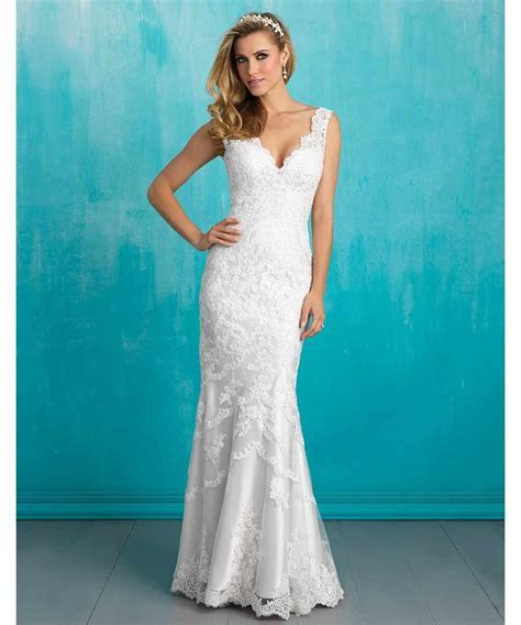 The Most Amazing Wedding Dresses For Petite Brides