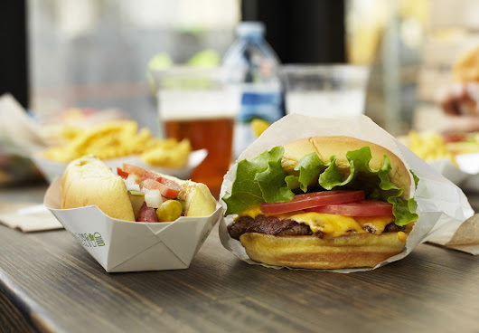 Shake Shack to open second Chicago location in 2015