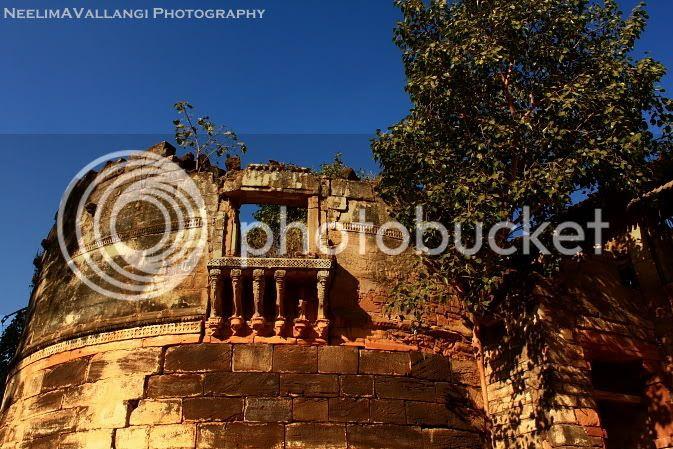 Rani ka Vas ruins