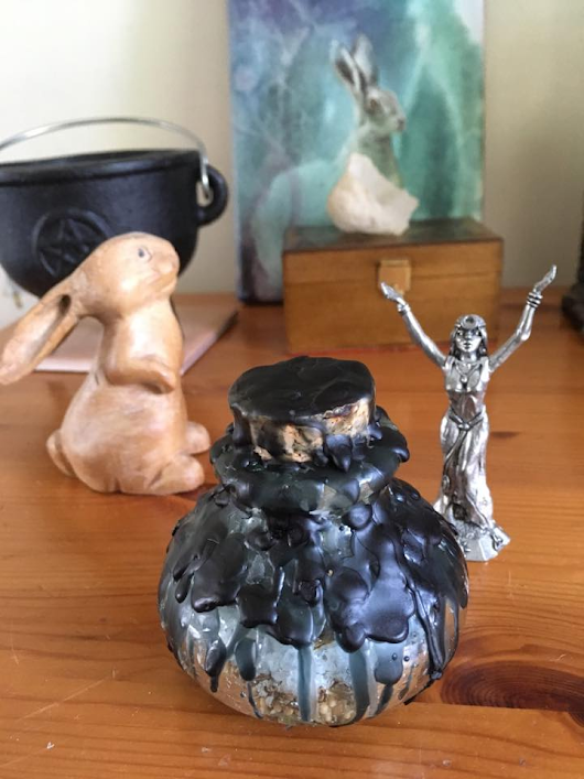 Home Protection Jar by Sue Perryman | Kitchen Witch online school, online courses, pagan, witchcraft