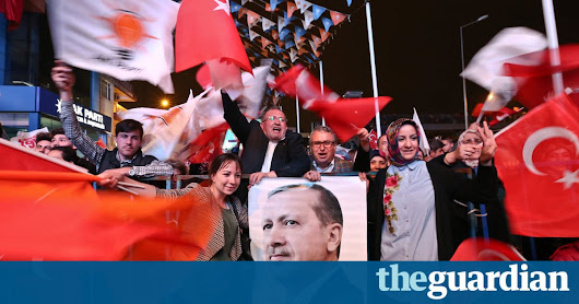 Erdoğan clinches victory in Turkish constitutional referendum | World news | The Guardian