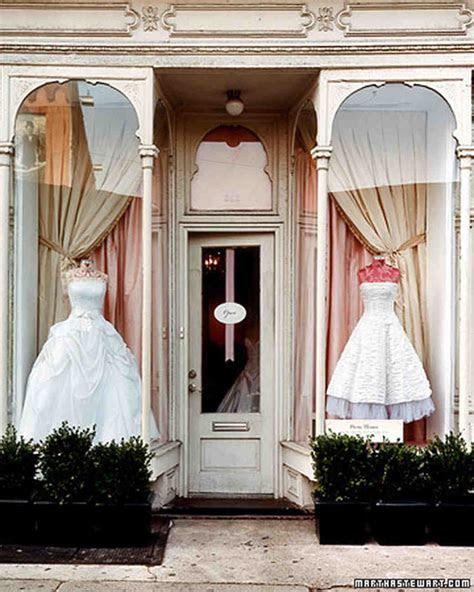 10 Tips for Choosing Your Wedding Dress   Martha Stewart