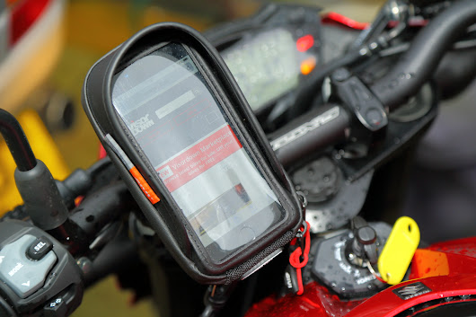 First look - Givi S956B smartphone holder