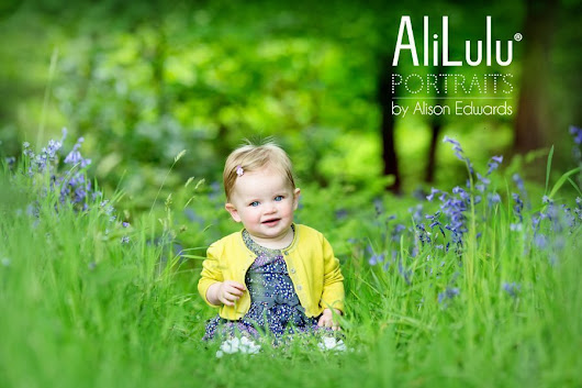 Children and family portraits outdoors in Nottingham
