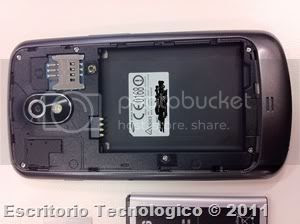 Samsung Galaxy Nexus GT-I9250 (12) Battery removed