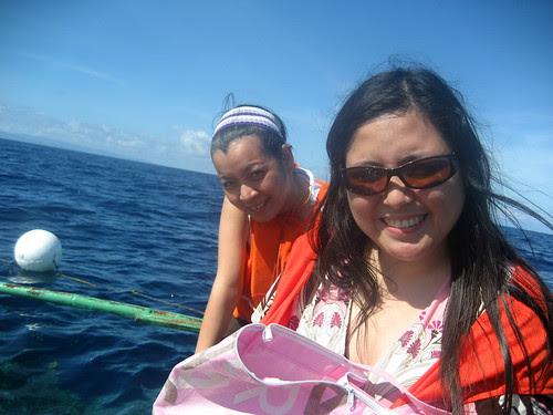 Libay and I fish-feeding