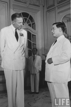 Đại sứ Henry Cabot Lodge và Diệm