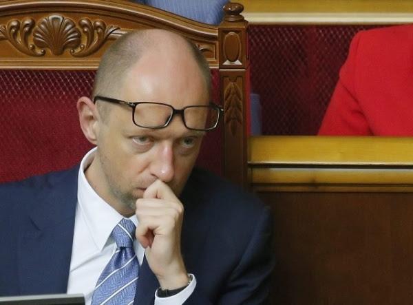 Народ прозревает, веря уже неЯценюку, асобственным глазам: Украина занеделю