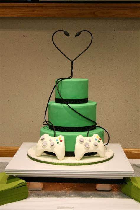 Nerrrd wedding cake!   Wedding ?   Gamer wedding cake