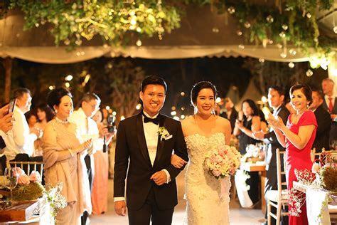 Wedding by The Sea at Sky at Ayana Resort Bali   The