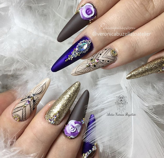 Unhas stiletto decoradas: Stiletto Nails Designs