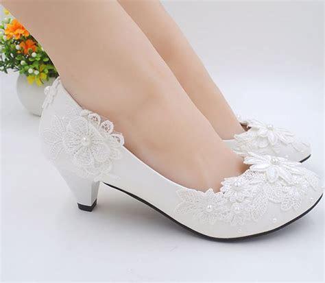 wedding shoes applique lace decoration white color milk