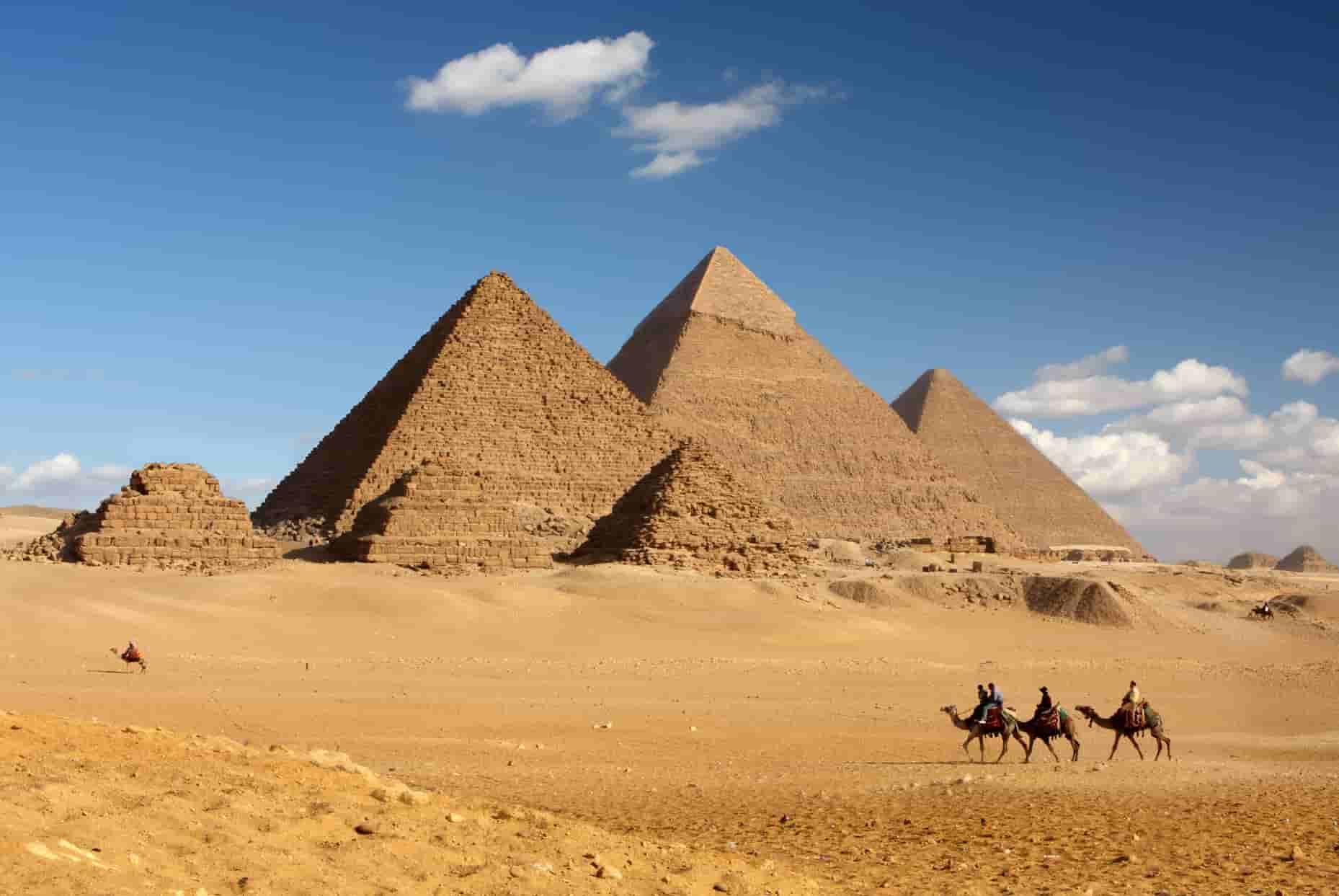 Αποτέλεσμα εικόνας για πυραμιδες