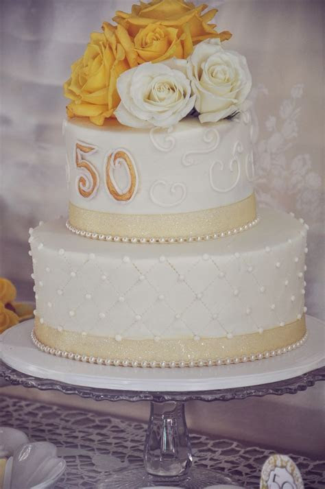 1000  ideas about 50th Anniversary Cakes on Pinterest