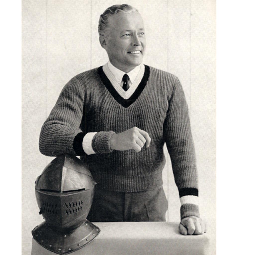 Mens Knitted Pullover Pattern, V-Neck, long sleeves