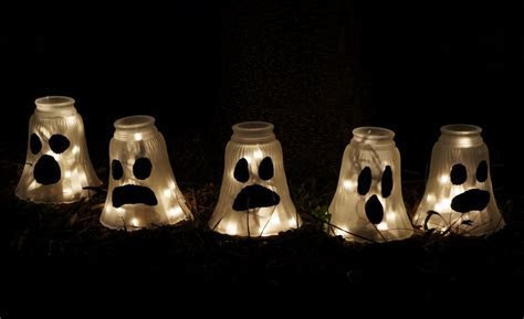 51 Outdoor Halloween Decorations Ideas   Do It Yourself