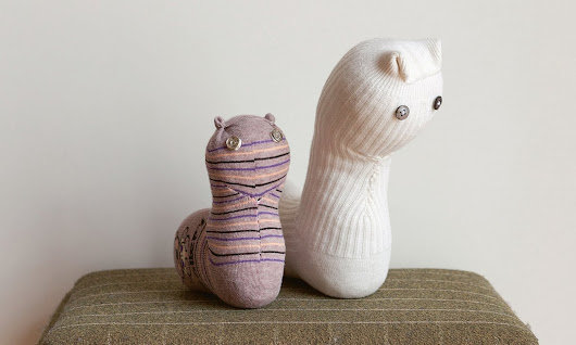 Make an Ai Weiwei sock puppet