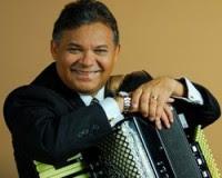 """Cantor Francisco de Assis prepara lançamento do CD """"Eu Tenho Bênçãos Pra Contar"""""""